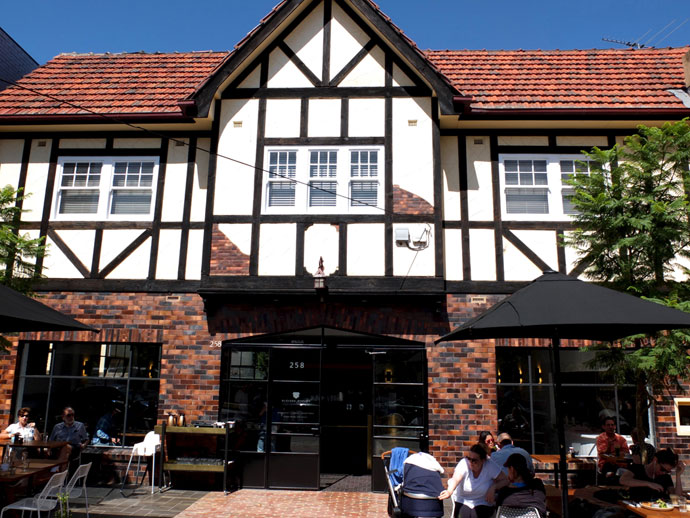 Glovers Station Cafe Elsternwick
