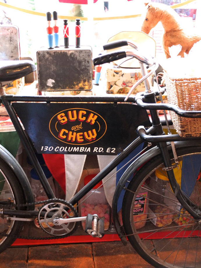 Suck and chew sweet shop columbia rd