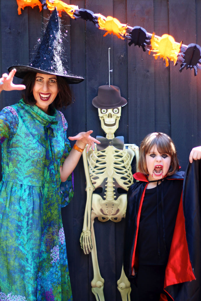 How to organise a stress free Halloween party - Food and activity ideas