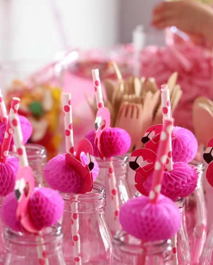 Pink Flamingo Party Decorations