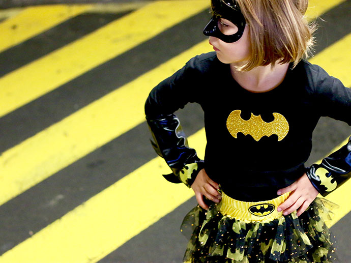Batgirl costume - dc superhero girls & Why Girls need Female Super Heroes AND Super-Villains as role models ...