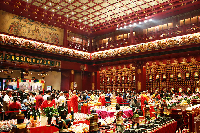 Vesak Day The Buddha Tooth Relic Temple singapore