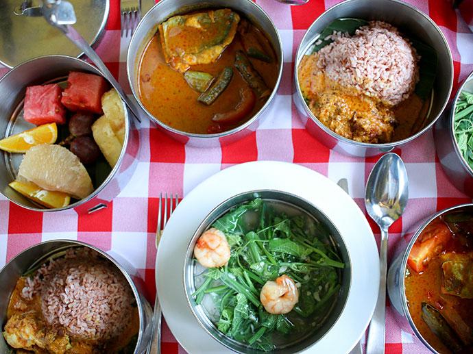 Tiffin Lunch - North Borneo Railway