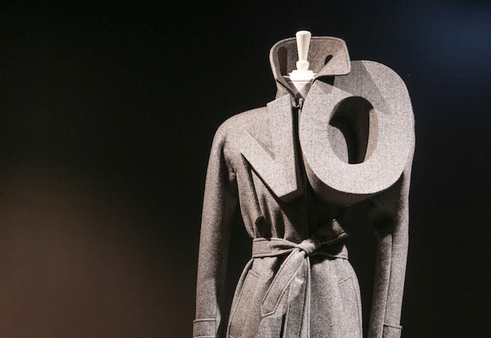 viktor-and-rolf-no-trench-ngv