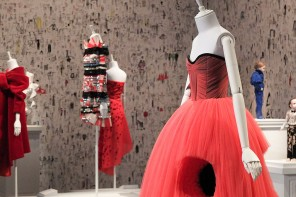Viktor & Rolf 'Fashion Artists'