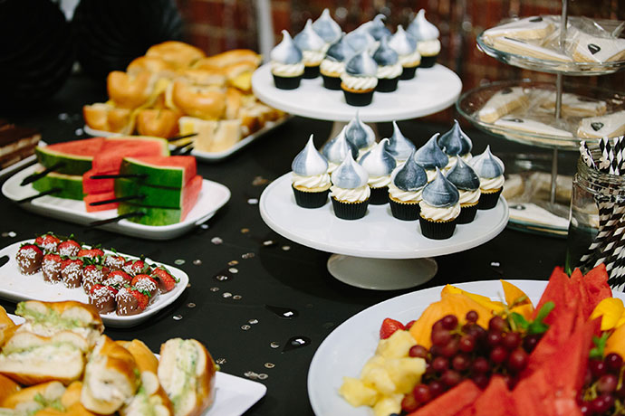 black-and-white-party-food-ideas