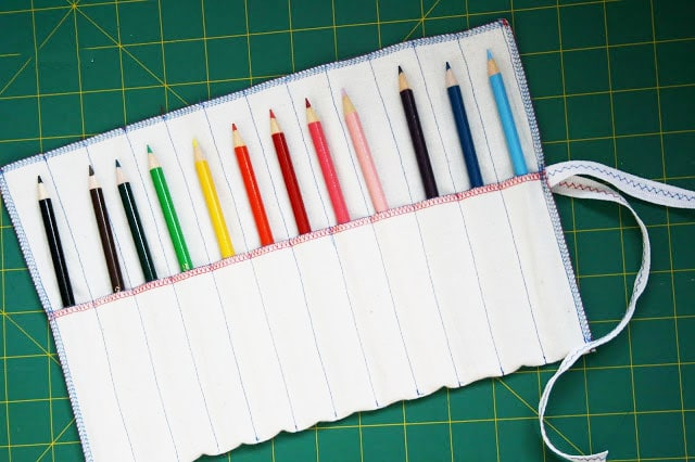 How to make a fabric pencil roll - mypoppet.com.au