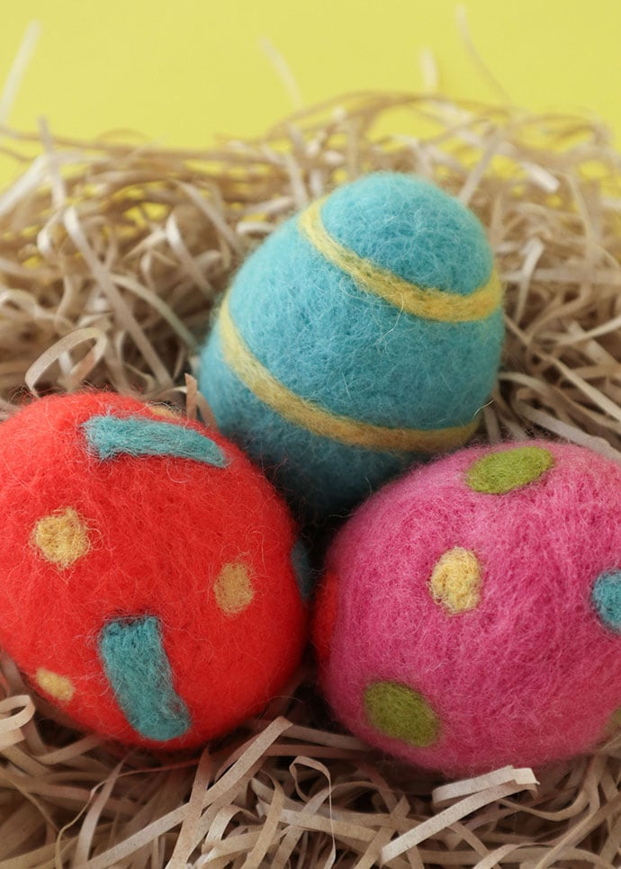 How to make Needle Felted Easter Eggs - mypoppet.com.au