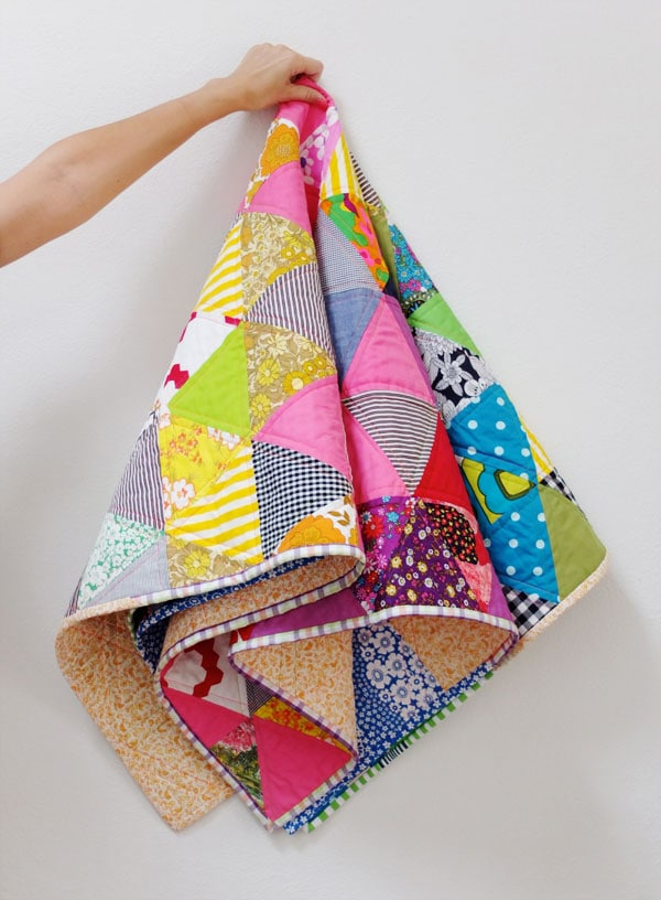Traingle rainbow quilt