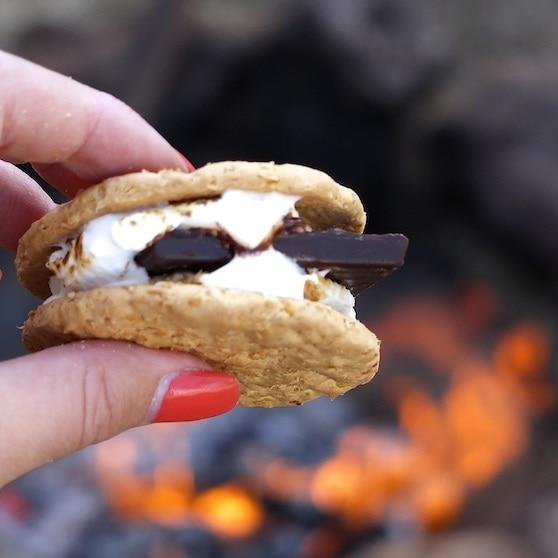 smores campfire cooking