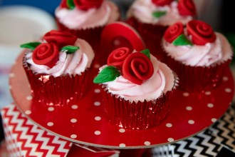 rose cup cake decoration