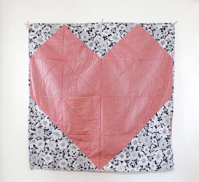 geo heart quit pattern