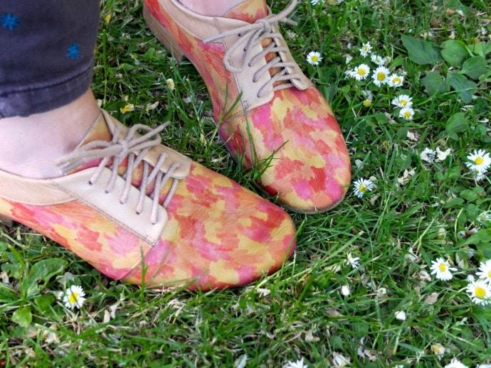 painterly shoe makover for spring