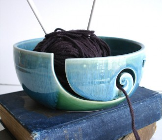 Yarn bowl feature