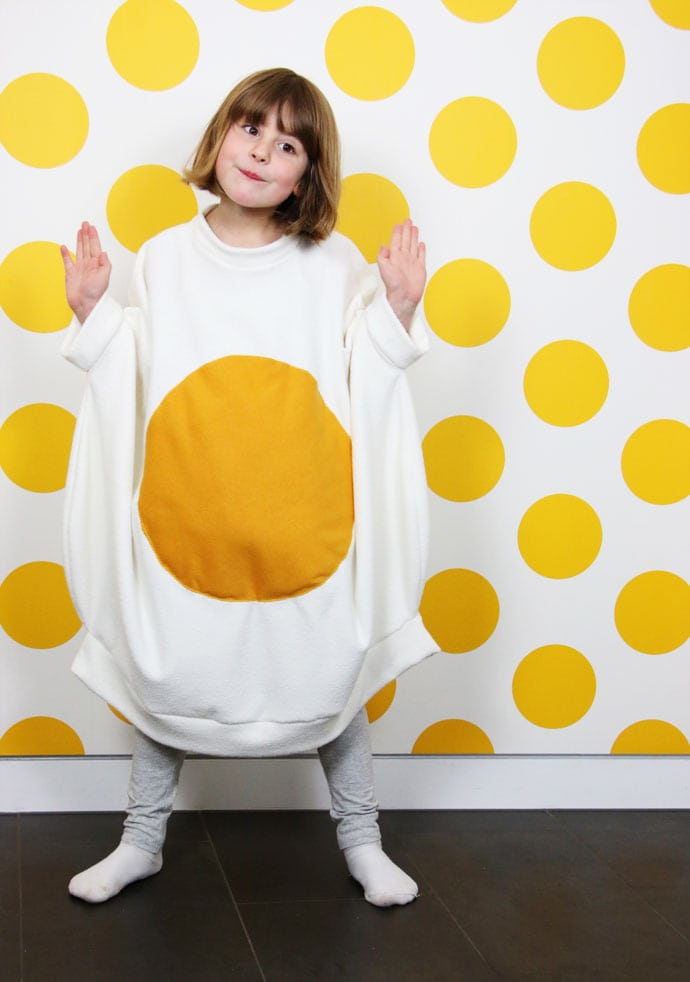 How to Make a Fried Egg Costume