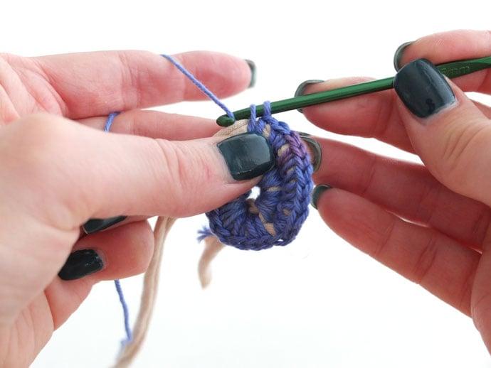 Single crochet stitch over cord