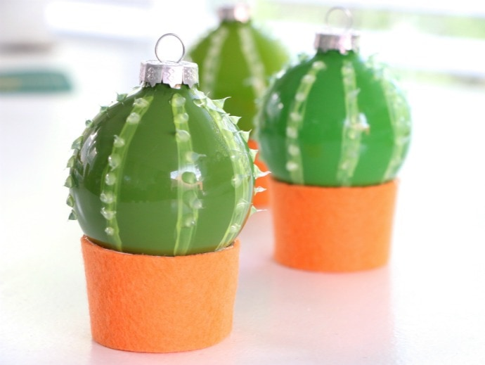 Diy cactus christmas bauble ornaments my poppet makes diy cactus christmas decoration baubles mcm solutioingenieria Images