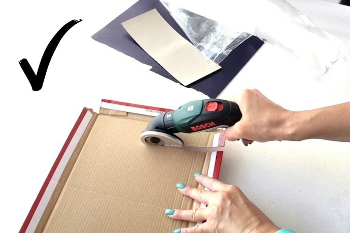 Bosch cordless screwdriver cutter on cardboard - product review