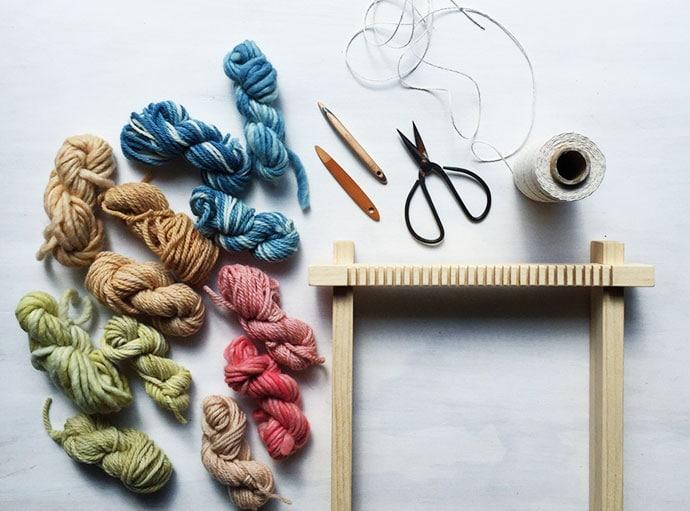 Weaving Loom Craft kit - gift guide etsy