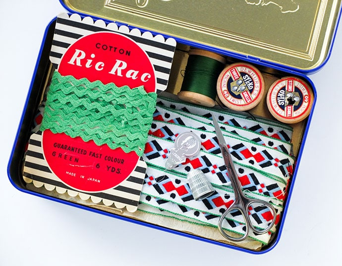 Vintage sewing tin - mypoppet.com.au