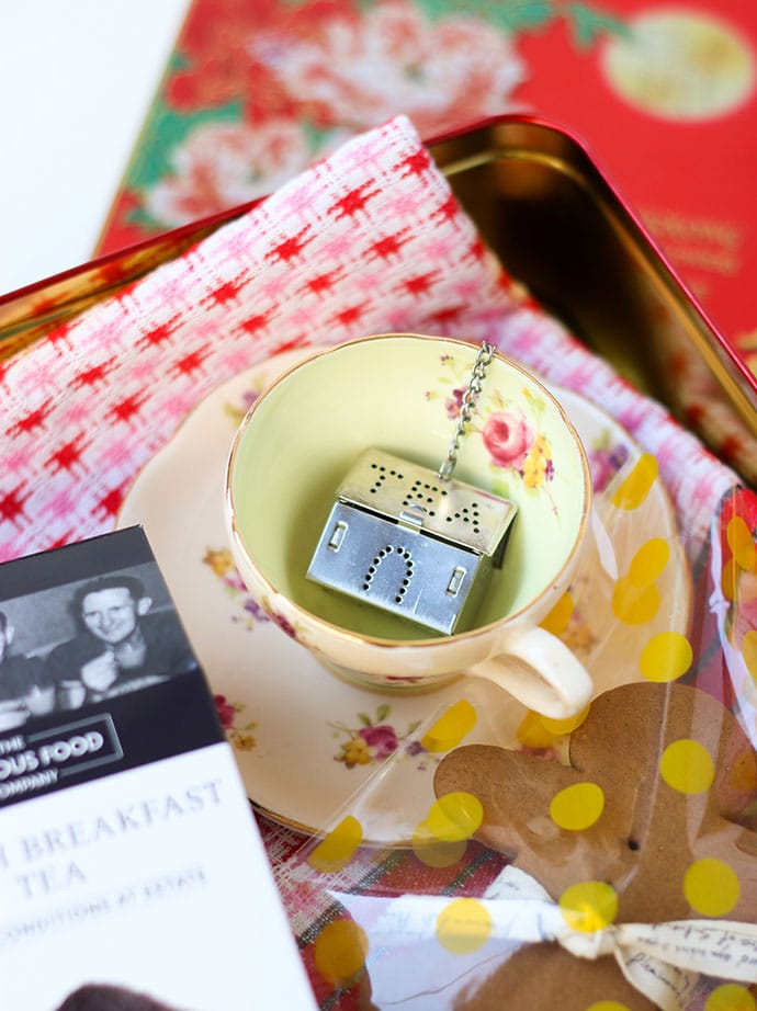Tea Lover's gift hamper ideas