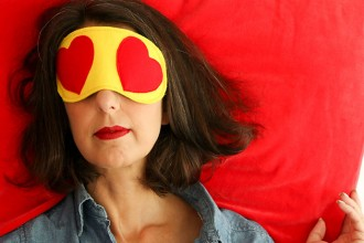 DIY travel sleep eye mask - heart eyes emoji - mypoppet.com.au