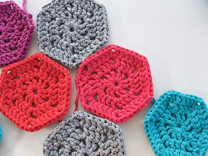 How to crochet a hexagon shape