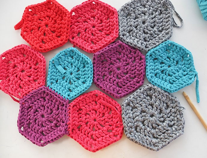Crochet Hexagon Rug Pattern - mypoppet.com.au