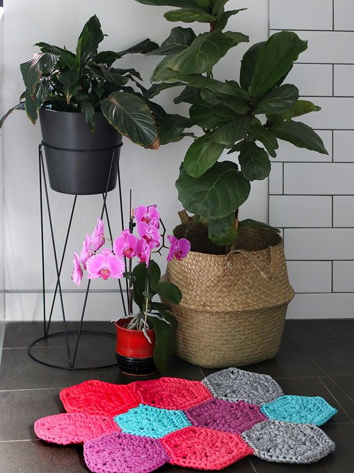 Crochet Hexagon Rug Pattern - mypoppet.com.au