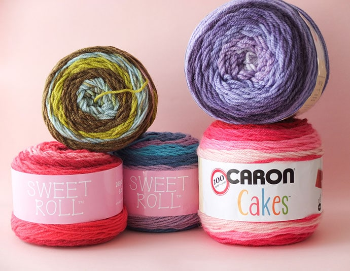 Sweet roll yarn vs Caron Cakes yarn cakes - review