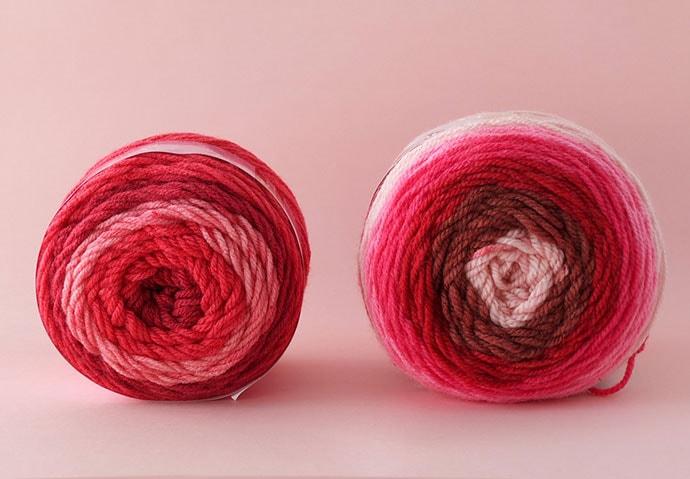 Sweet roll yarn vs Caron Cakes yarn - review