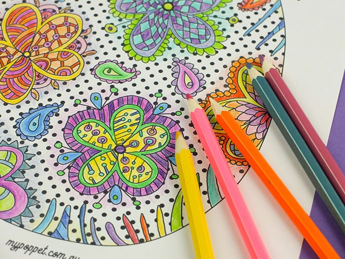 Floral Easter egg coloring page - printable - mypoppet.com.au