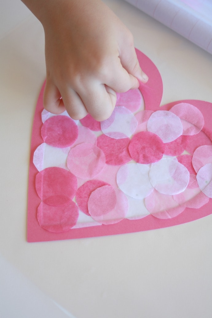 Fill heart with circles