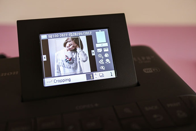 Canon Selphy printer LCD screen cropping