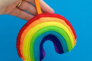 Felt Craft: Rainbow Bag Charm