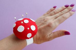 DIY: Toadstool Wrist Pincushion