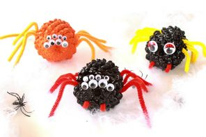 Kids Craft: Spooky Halloween Spiders