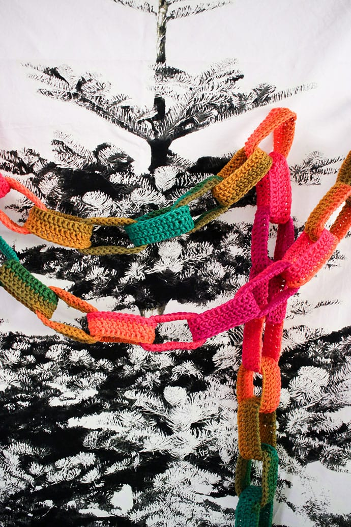 How to make a Crochet paper chain garland mypoppet.com.au