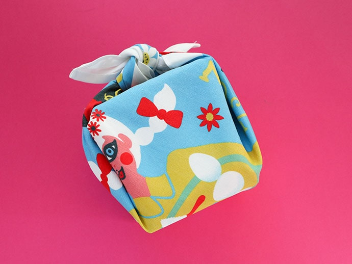 tea towel gift wrapping - mypoppet.com.au