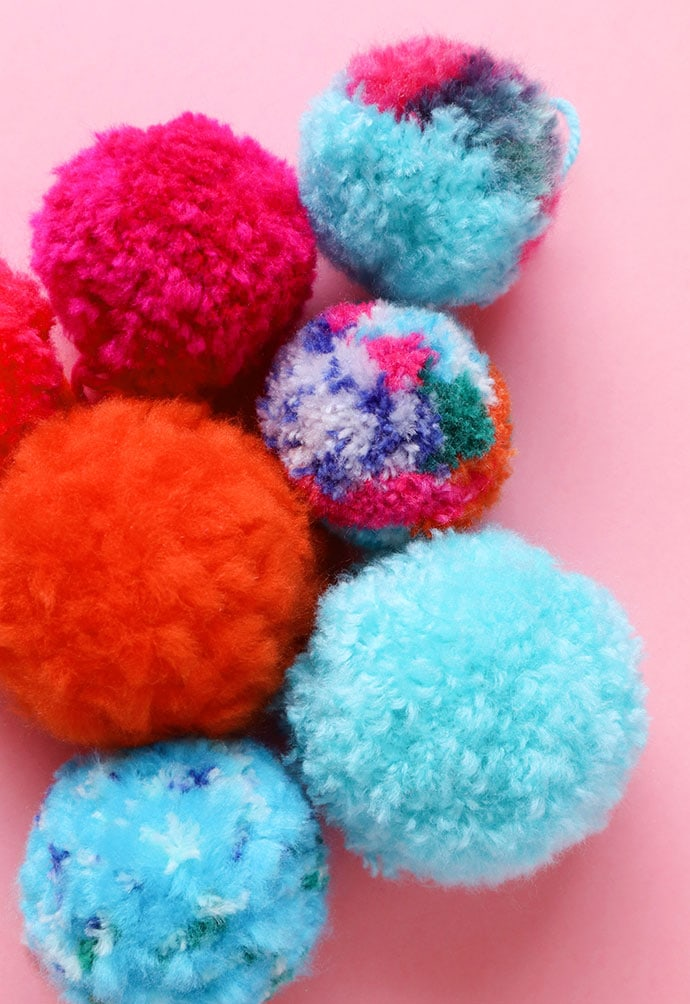 How to make a pompom - mypoppet.com.au