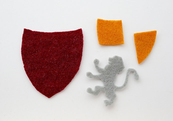 DIY Harry Potter Gryffindor Patch - mypoppet.com.au