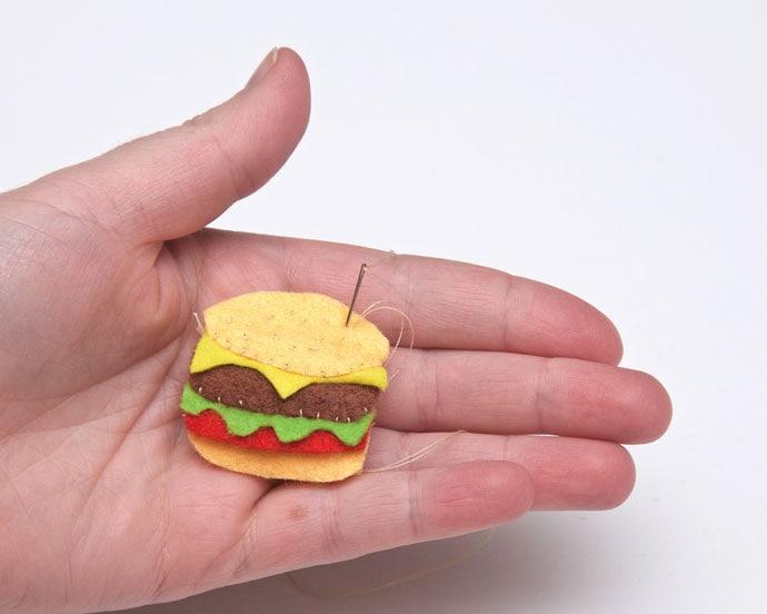 burger brooch – mypoppet.com.au