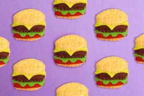 DIY felt Burger Brooch - mypoppet.com.au