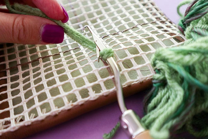 How to Latch Hook step by step instructions - mypoppet.com.au