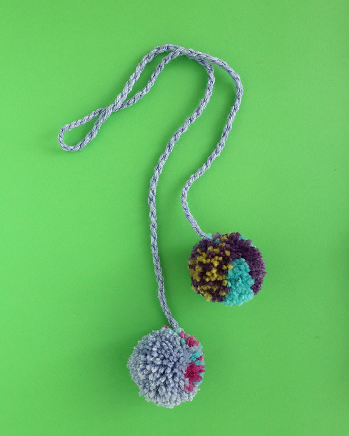 How to make a pom pom - mypoppet.com.au