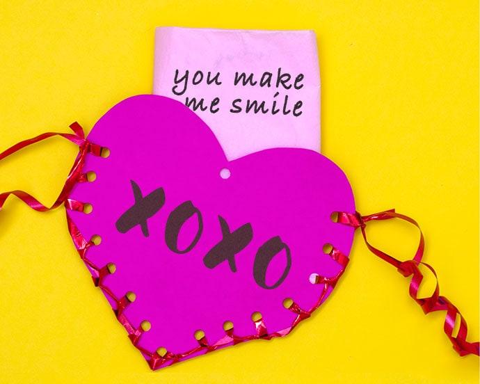 Make a heart shaped paper pouch - mypoppet.com.au