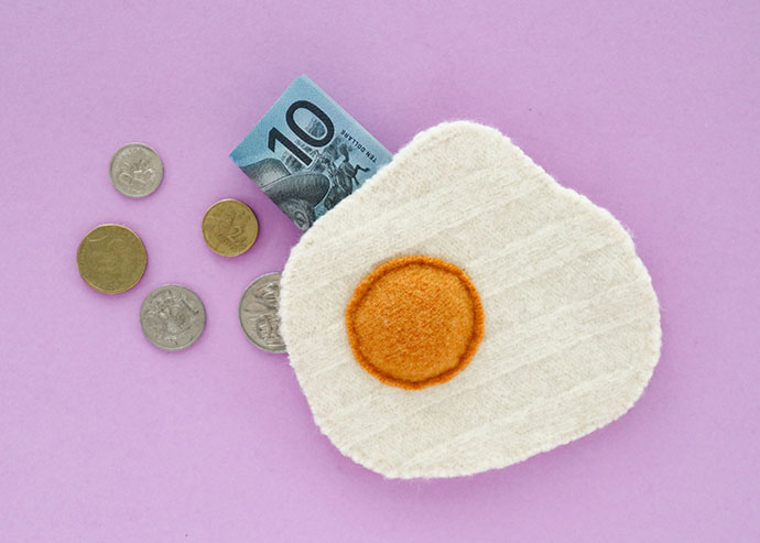 DIY Fried Egg Coin Purse - mypoppet.com.au