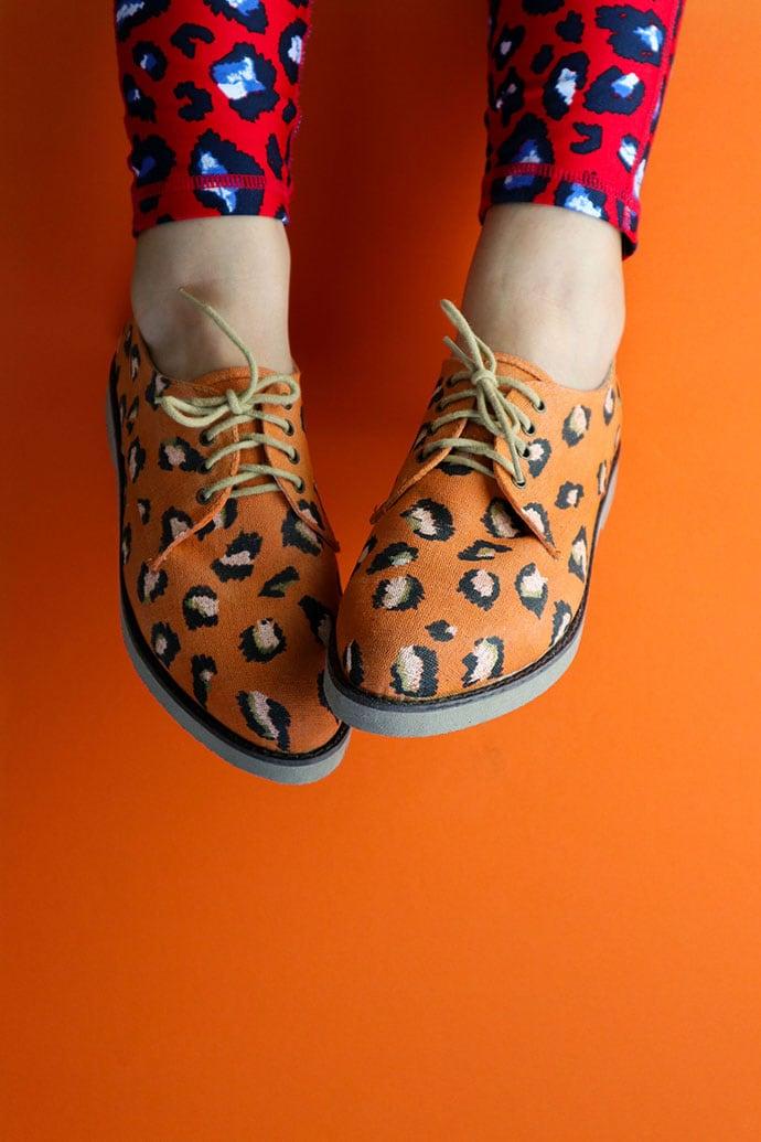 DIY Chalk paint Leopard print shoe makeover mypoppet.com.au