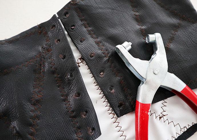 How to make a bellatrix lestrange corset - mypoppet.com.au