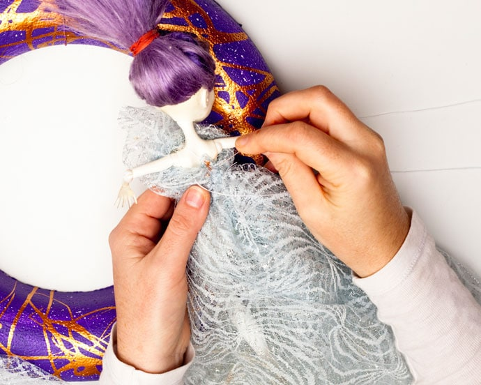 DIY Halloween Wreath - mypoppet.com.au